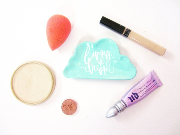My Everyday Essentials | Makeup Products That I Use No MatterWhat