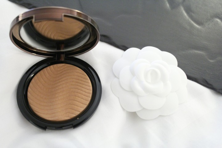 The Best Bronzer for a Believable Summer Glow|Make Up For Ever Pro BronzeFusion