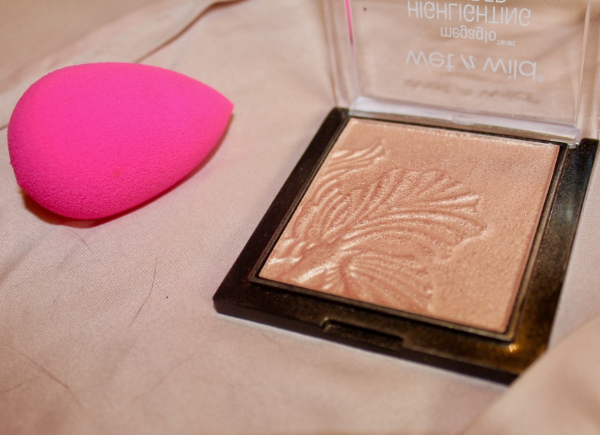 WearablePinkMakeupProductsHighlighter.jpg