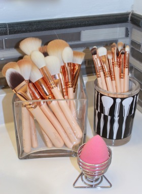 9) Beauty Sponge Holder 10) Square Glass Vase 11) Plastic Brush Cup